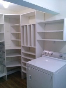 Oaks Custom Laundry Room